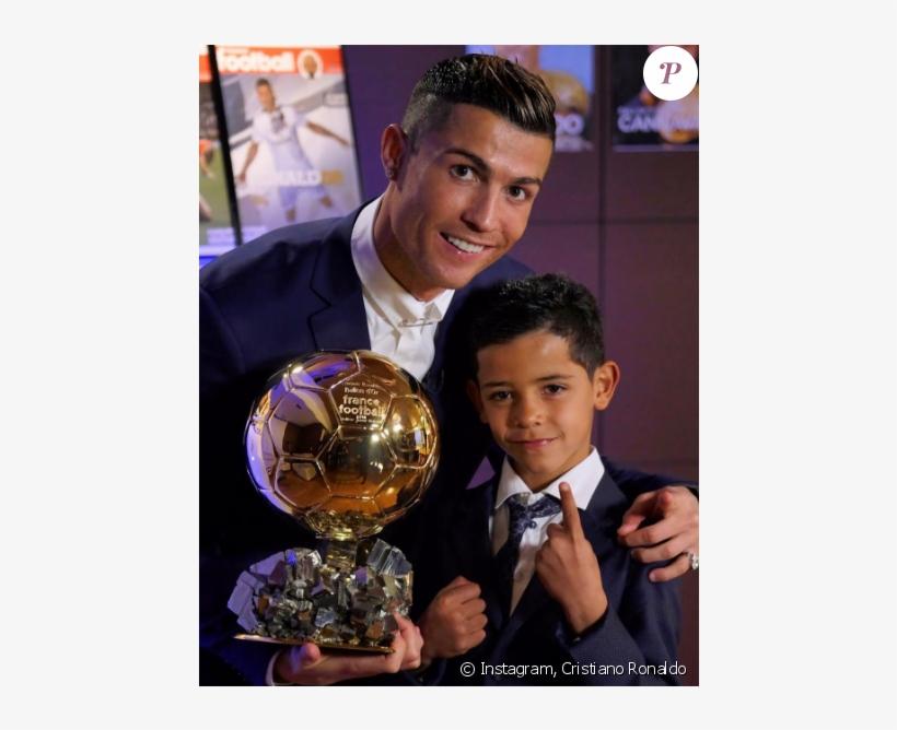 Cristiano Ronaldo Sacré Ballon D'or Par France Football - Ballon Pour Cristiano Ronaldo, transparent png #5851411