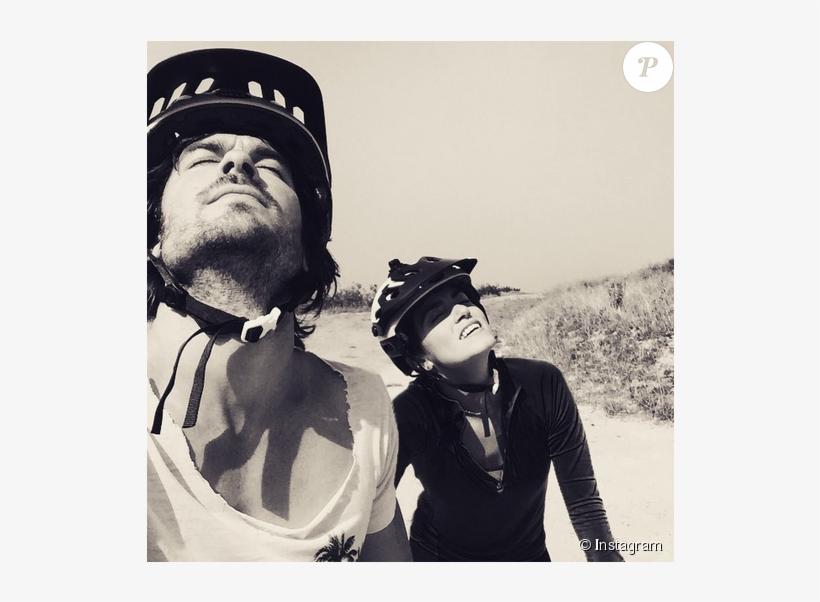 Nikki Reed Et Son Mari Ian Somerhalder Font Du Vélo - Ian Somerhalder Defends Nikki On Instagram, transparent png #8210559